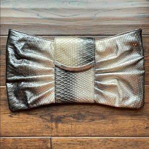 Express ombré clutch reptile scales gold silver